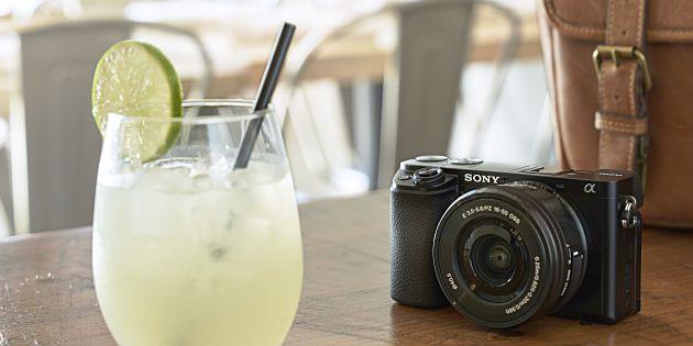 Sony kondigt twee nieuwe APS-C systeemcamera's aan