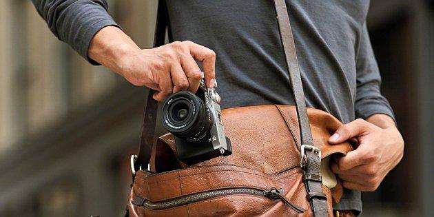 Sony lanceert compacte full-frame A7C camera